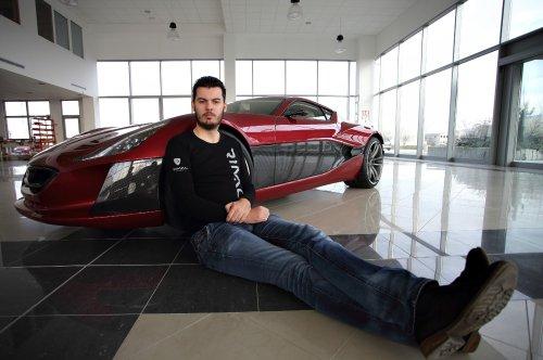 """""""Elon Musk vom Balkan"""": Warum arabische Scheichs und Porsche jetzt Millionen in einen kroatischen E-Sportwagen investieren"""