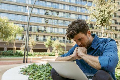Ghosting nach der Bewerbung: Was ihr tun könnt, wenn sich Unternehmen einfach nicht mehr melden