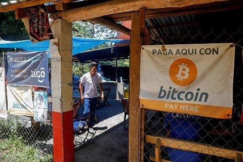 ¿Hasta cuándo puede caer el bitcoin? Los analistas hacen sus apuestas sobre el futuro de las criptomonedas