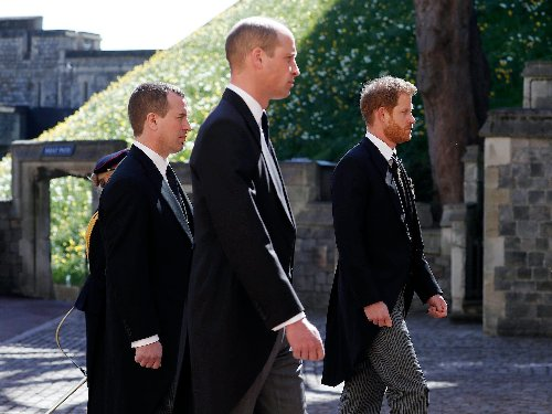 Prince Harry and Prince William were kept apart at Prince Philip's funeral, but their shared loss appears to be bringing them closer
