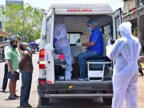 India records highest single-day rise of 2,61,500 COVID-19 cases and 1,501 deaths