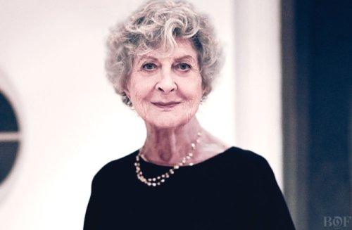 Joan Burstein, Queen B