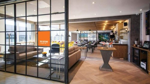 Easyjet opens first branded airport lounge – Business Traveller
