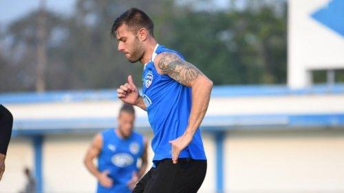 Hyderabad FC signs Spanish defender Juan Antonio Gonzalez on a one year deal