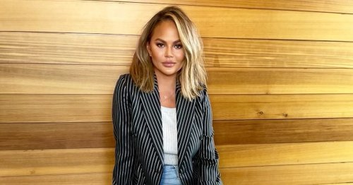 Chrissy Teigen Found A Rattan Chair That Looks Appropriate For Every Season