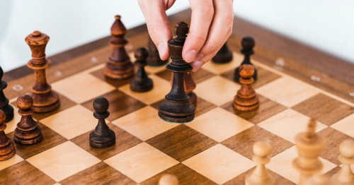 Algorithms think online discussions of chess are dangerous