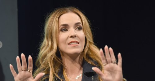 """Here's Why People Are Calling Rachel Hollis """"Problematic AF"""" & How She's Responded"""
