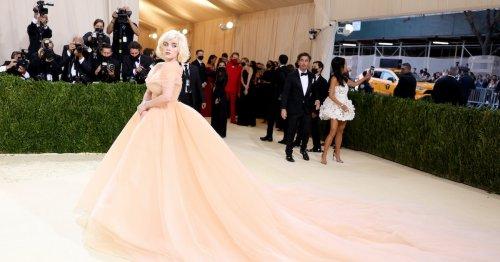 Billie Eilish Shut Down The Met Gala Red Carpet in Marilyn Monroe Glamour