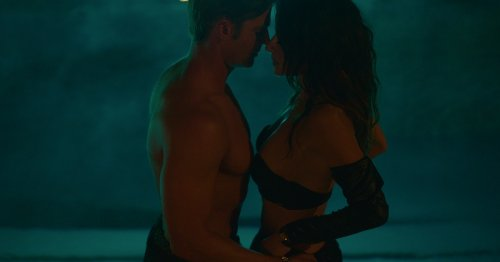 '50 Shades Of Grey' Fans Will Love This Sexy New Netflix Show