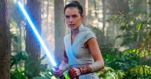 Star Wars rumor says 'Mandalorian' Season 3 will continue Rey's story
