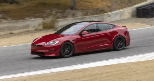Tesla's first 25 super-fast Model S Plaids are finally out in the world