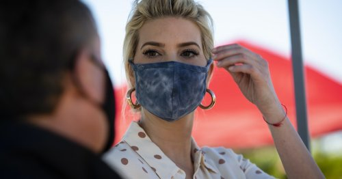 People Have Thoughts About Ivanka Trump Tweeting Photos Of Herself Getting Vaccinated
