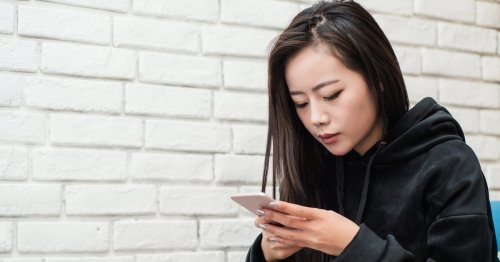 What To Text Someone Who Ghosted You If You Need Closure, According To Experts