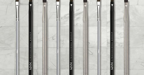 5 Sharp, Angled Eyeliner Brushes For Drawing On Flawless Lines & Wings