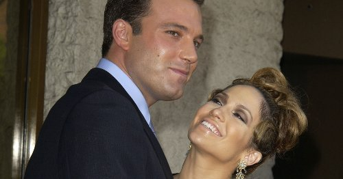 Ben Affleck Has Reportedly Been Writing J.Lo Love Letters For A While