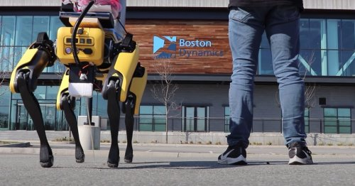 A YouTuber taught Boston Dynamics's robo-dog how to pee beer