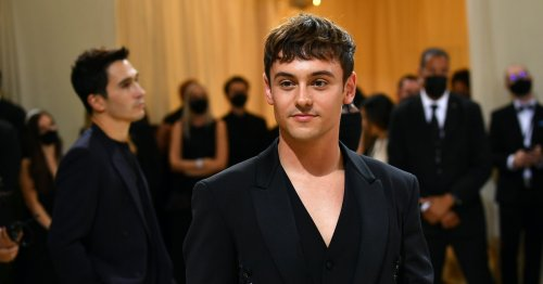 Tom Daley's Met Gala Appearance Included Knitting, Obviously