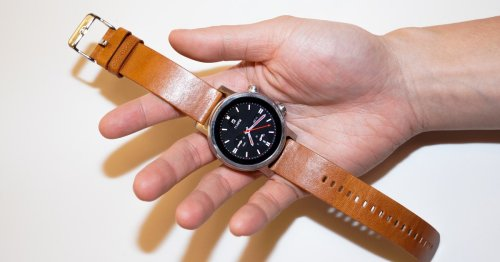 Google's big plan to beat the Apple Watch: Team up with Samsung
