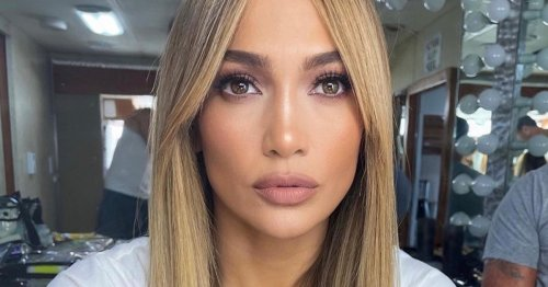 Jennifer Lopez Got New Curtain Bangs, & They Couldn't Be More Chic
