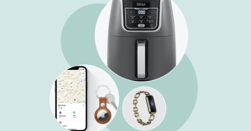 12 Must-Have Tech Gifts For Xmas 2021