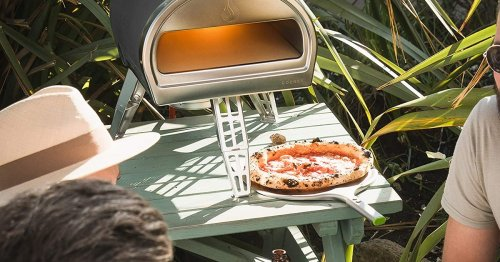 This Countertop Pizza Oven Makes Neapolitan Pizza In Just 90 Seconds