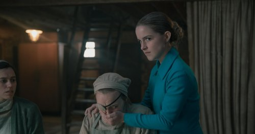 This Is Why You Totally Recognize Mrs. Keyes From 'The Handmaid's Tale'