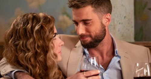 These 12 'Schitt's Creek' Date Ideas Are As Easy As Folding In The Cheese