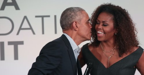 Barack Wrote A Sweet Message For Michelle & All Moms In Honor Of Mother's Day