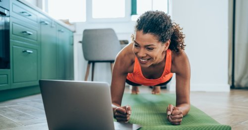 10 Types Of Plank Exercises That'll Level Up Your Ab Workouts