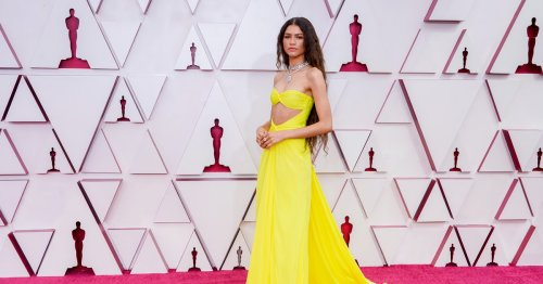 Zendaya Kept Her Mask On During The Oscars & Twitter Is Obsessed