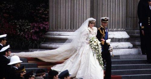 Princess Diana Had A Heartwarming Reason For Choosing Two Wedding Bouquets