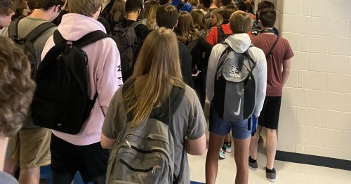 Teachers At The Georgia School District That Went Viral For Crowded Hallway Photos Are Afraid For Their Health
