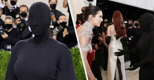 Kim Kardashian Shared The Subtle Meaning Behind Her Met Gala Look And Revealed That She Couldn't See A Thing After An Awkward Picture Of Her And Kendall Jenner Went Viral