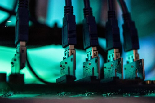 Chinese Firm GDS Is Said to Weigh Buying GLP's Data Centers