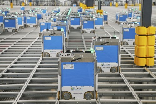 Kroger Is Amassing a Robot Army to Battle Amazon, Walmart