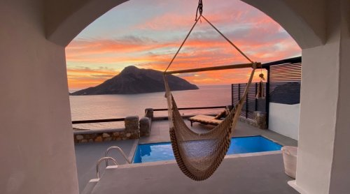 Where to Stay in Greece, From Private Villas to Five-Star Hotels