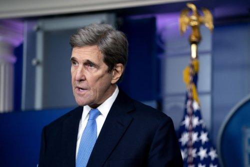 Reality Check Awaits John Kerry and His Bid to Cut Ships' CO2