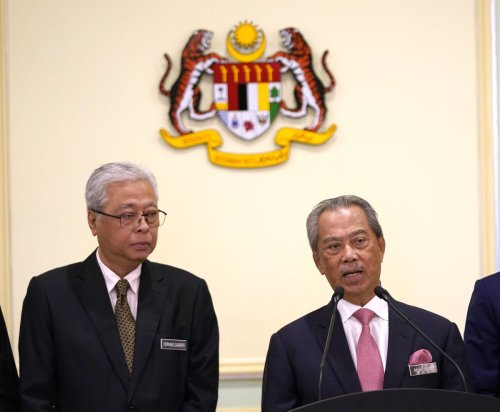 Malaysia's Search for Next Leader Yields Two Frontrunners