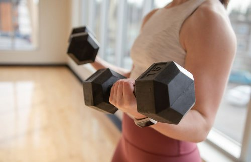 20 Dumbbell Arm Workouts to Add to Your Routine