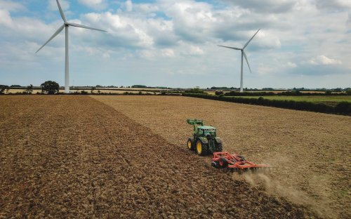 Turning crop waste into jet fuel with AgBioEn technology