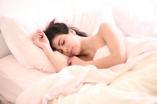 El truco viral para quedarse dormido: Hacer una lista con palabras totalmente inconexas - Cadena Dial