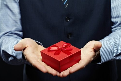 Blog: Why We Give Gifts — From Ancient China to the Present Day