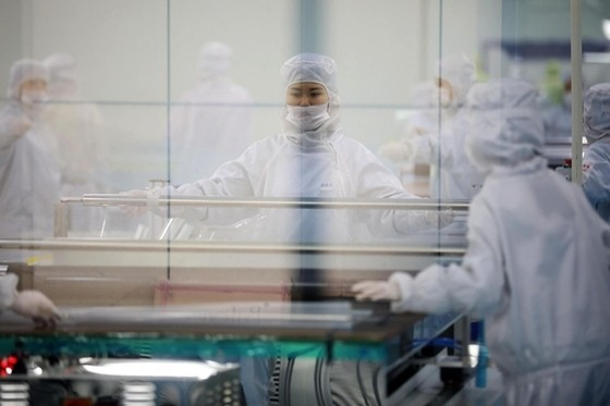 Consumption and Productivity Top China's Economic Challenges, McKinsey Partner Says - Caixin Global