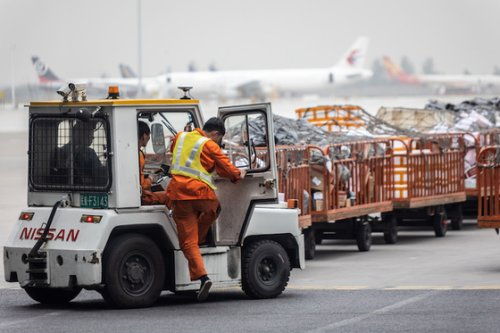 Chinese Airlines May Suspend Cargo Flights to India