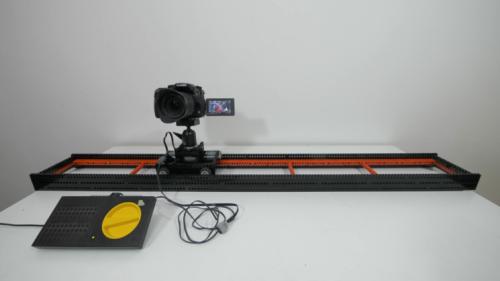 Come costruire una guida motorizzata con i mattoncini Lego