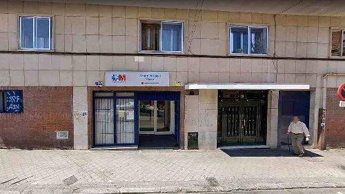 """La Comunidad de Madrid cierra un centro de salud y culpa a los """"okupas"""" de """"desperfectos"""""""