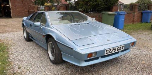 1986 Lotus Esprit Turbo – Project Profile