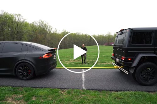 Tesla Model X Destroys Mercedes G550 4x4 Squared In Furious Tug-Of-War