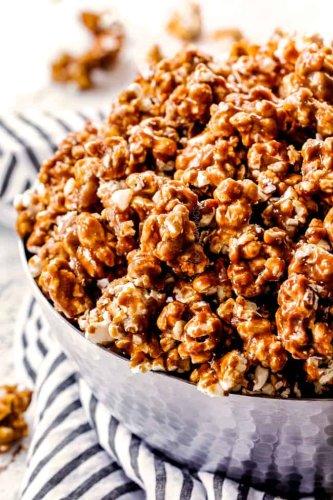 BEST EVER Homemade Caramel Popcorn (Tips & Tricks, How TO Photos)