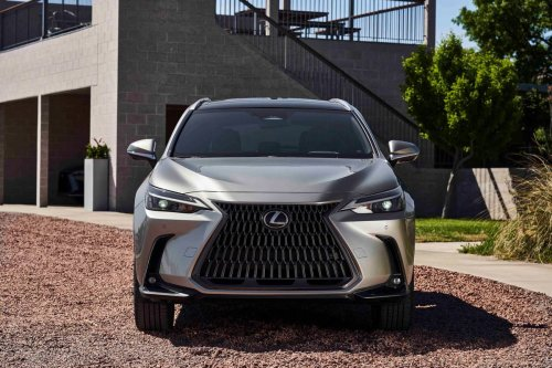 2022 Lexus NX Is Redesigned to Plug-In 'N Play | News | Cars.com
